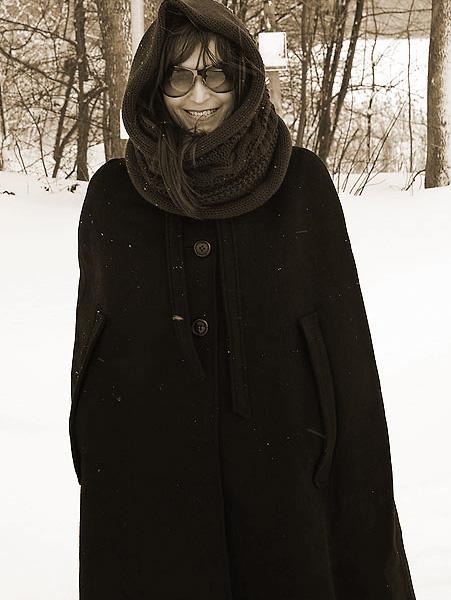 http://cape-fashion.de/files/gimgs/11_wollcape.jpg