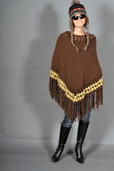 http://cape-fashion.de/files/gimgs/22_zarahstrickponcho2.jpg