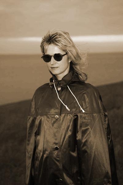 http://cape-fashion.de/files/gimgs/8_regencape10.jpg